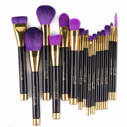 kit 15 pinceaux violet et dor. Black Bedroom Furniture Sets. Home Design Ideas