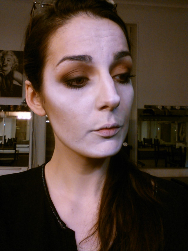 maquillage vampire halloween. Black Bedroom Furniture Sets. Home Design Ideas